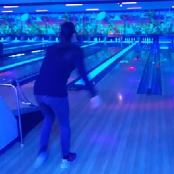bowling, outing